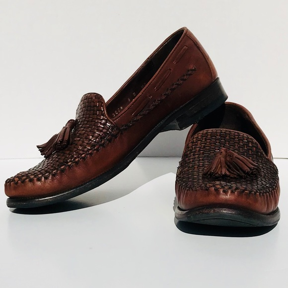 db4e0b1dbcf Cole Haan Shoes - Cole Haan Country Brown Woven Tassel Loafers EUC